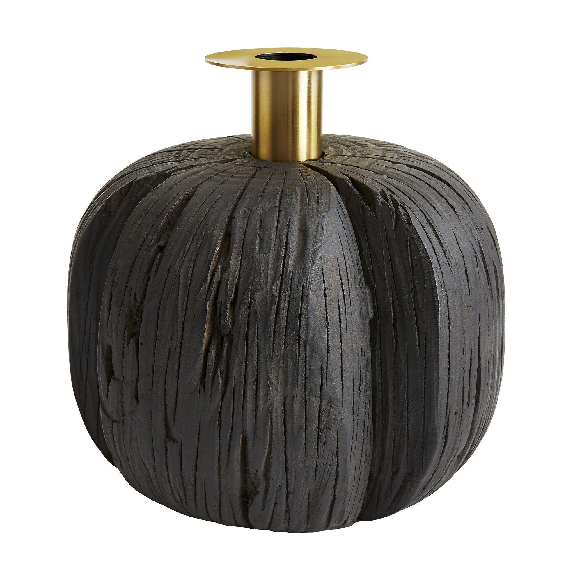Harwill Vase